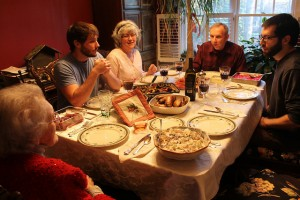 Christmas dinner by Flickr user Connie Ma